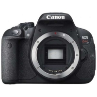 Canon EOS DSLR Camera Kiss X7i